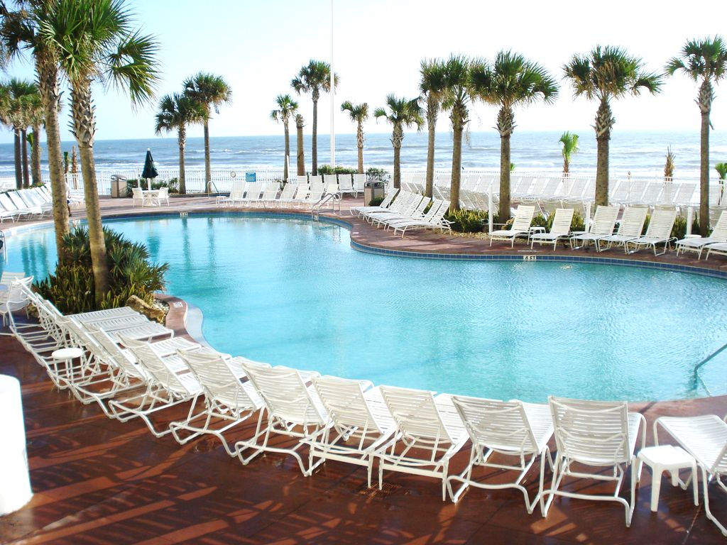 Walk In Pools Exquisite 3 Bedroom Oceanfront Condo Homeaway Brush Stewarts