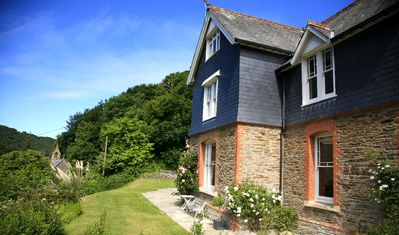 Photo for Luxury Victorian Vicarage, stroll to beach, village pub and stunning cliff walks