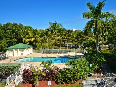 Family-friendly w/pool & hot tub, ideal for exploring Key West - 1 dog welcome!