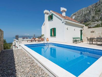 Photo for Makarska house for 6 people with 3 bedrooms - Holiday home