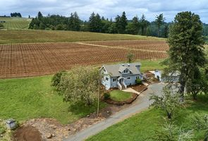 Photo for 3BR Farmhouse Vacation Rental in Amity, Oregon