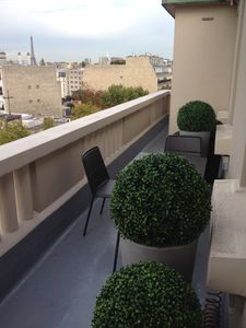 Photo for RARE - APARTMENT WITH TERRACE 5MN FROM ROLAND GARROS