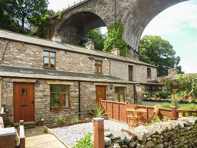 Photo for Greta Cottage, INGLETON