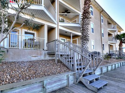 Photo for Bayfront condo with a shared pool - near Schlitterbahn, beaches, & more!