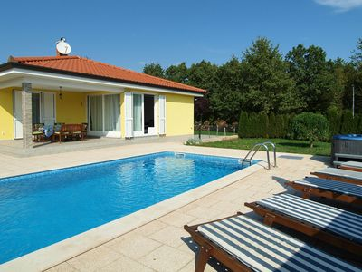 Photo for Holiday house with pool and whirlpool in a quiet location with 4 bedrooms