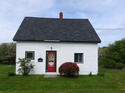 Photo for Cladach Cottage - Walking Distance to Carter's Beach