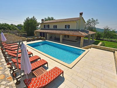 Photo for Holiday house with air conditioning and outdoor pool