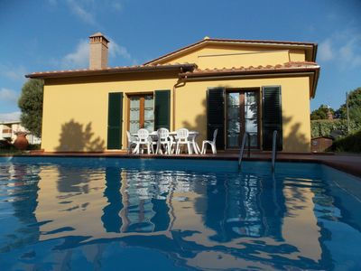Photo for Wonderful private villa for 12 guests with WIFI, hot tub, private pool, TV, terrace and parking