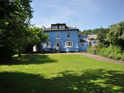 Photo for 8 bedroom House in Ross-on-Wye - 56041