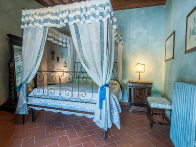 """Photo for """"Giocondo"""" apartment in farmhouse with pool and view of Lake Trasimeno"""