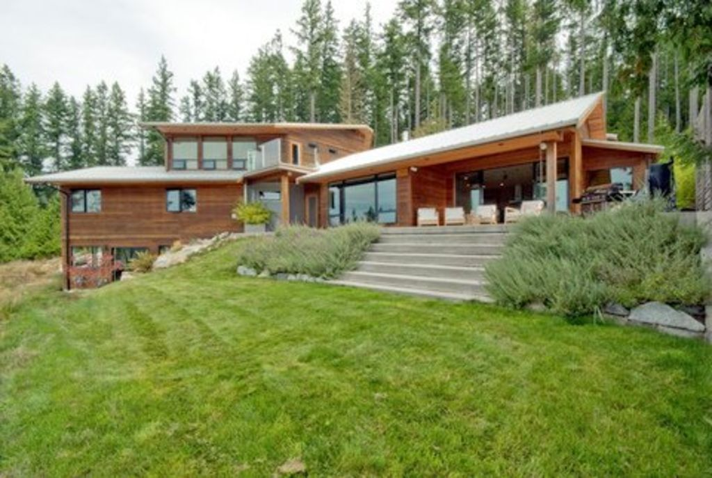 West Coast Contemporary Home With Panoramic... - VRBO