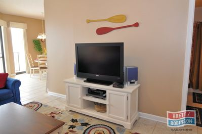 Phoenix 5 Orange Beach P5-1511 tv.JPG