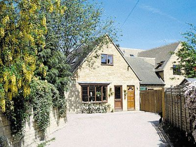 Photo for 1 bedroom property in Bourton-on-the-Water.
