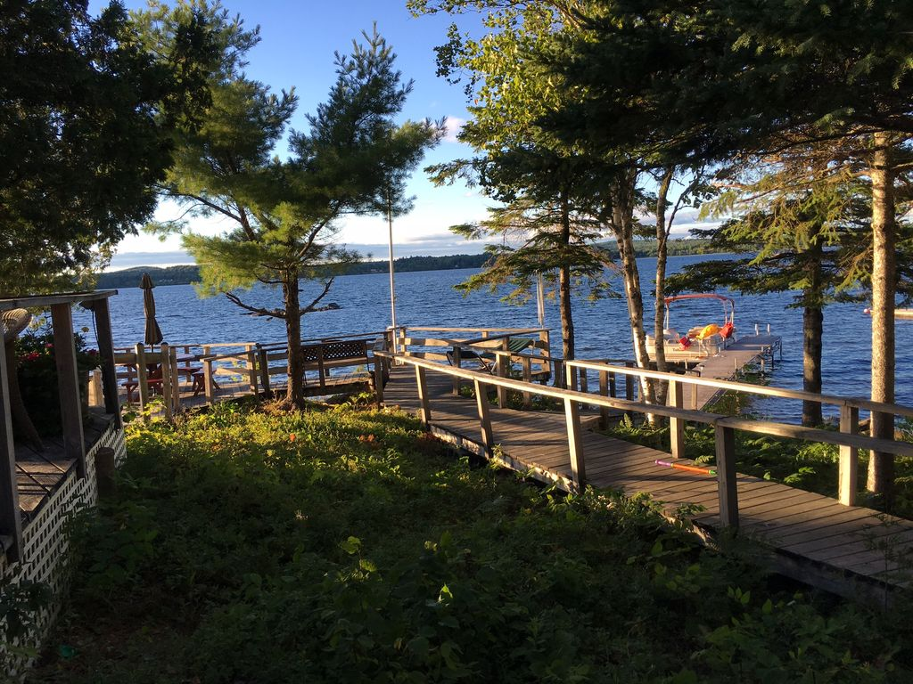 Stunning maine cabin on boyden lake homeaway for Cabin rentals in maine with hot tub