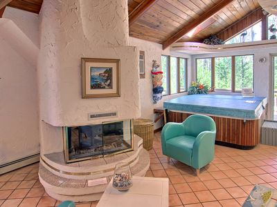 Photo for Romantic Bay Chalet Suite with private sauna & Jacuzzi on Lake Dubonnet