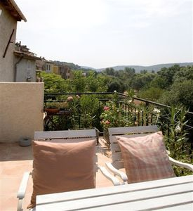 Photo for Elegant house with dazzling views over of Provence countryside.