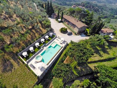 Photo for Apartment Giglio  in Vinci, Florence Countryside - 5 persons, 2 bedrooms