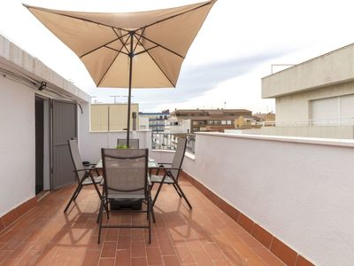 Photo for Lovely apartment for 4 guests with A/C, WIFI, TV, balcony and pets allowed