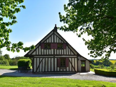 Photo for Authentic house on large estate in rural Saint-Maurice-sur-Aveyron