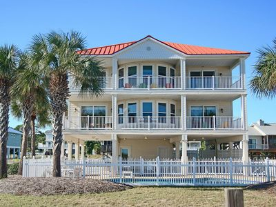"Photo for New Listing! Steps to Plantation beaches, private pool, pet friendly, Beach Gear, Wifi, 5br/4ba ""Beach Dreamin'"""