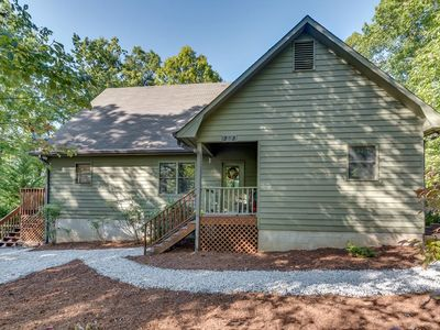 Photo for Almost Haven | Rixhaven Community | 25 Min. to TIEC; Zip-lining, hiking & more!