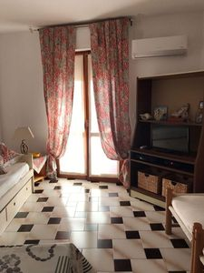 Photo for Sparaglione apartment in Alghero with WiFi, air conditioning & balcony.
