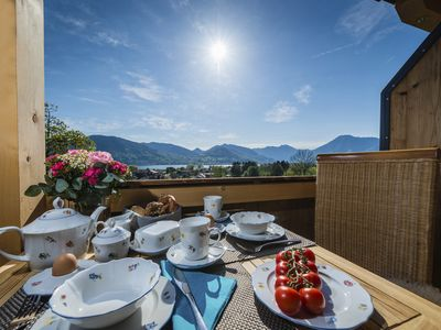 Photo for Traumsee- and mountain views in a quiet hillside: 5-star penthouse