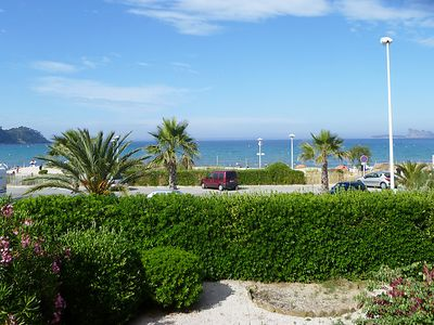 Photo for One bedroom Apartment, sleeps 4 in Saint-Cyr-sur-Mer with WiFi