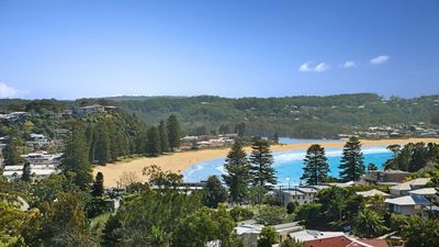 Photo for 4BR House Vacation Rental in AVOCA BEACH, NSW
