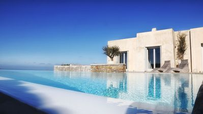 Photo for Luxury and Spacious Villa with Private Pool and Amazing Sea View