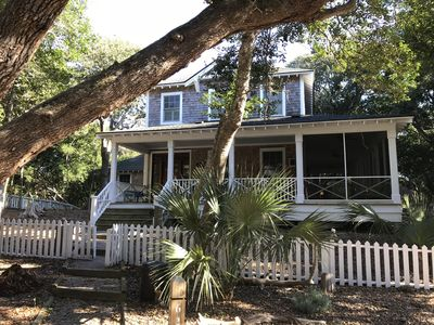 Photo for Gorgeous 4 Bedroom Home In Cape Fear Station