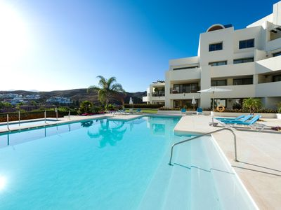 Photo for Amazing 2 bedroom luxurious apartment overlooking los flamingos golf