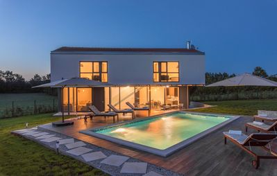 Photo for ctis302 - New build villa in Istria with pool 8+2 people