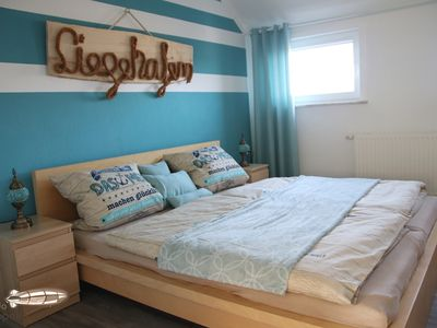 Photo for NEW! ** Fewo ZEPPELIN ** in ANNABERG-BUCHHOLZ - Bed linen & towels included