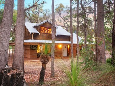 Photo for Recently renovated and located on 18 acres of bushland this cottage is one of four on the estate. With nature on your doorstep, a lake and plenty of wild life, relaxing here is easy.