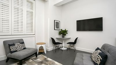 Photo for CLDN4 - Ideally Located Central Sydney Studio + Pool