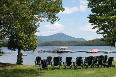 Enjoy the ambiance of the historic Whiteface Club and Resort, including a private beach, lakeside dining, marina, 18-hole championship golf course, and clay tennis courts. The area also offers trekking and cross-country ski trails...all within walking distance.