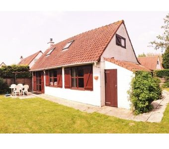 Photo for De Panne: 6 pers. fisherman's house in a holiday resort with pool/WiFi