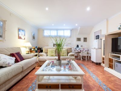 """Photo for Charming Apartment """"Villa Jacaranda"""" Close to the Beach with Wi-Fi; Street Parking Available"""