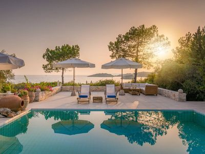 Photo for 580m² Luxurious Seaside Residence in Syvota(14ppl)