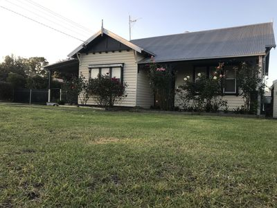 Photo for Orbost House - Large sleeps 10+