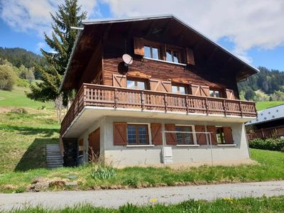 Photo for Chalet Arêches-Beaufort, 4 bedrooms, 12 persons