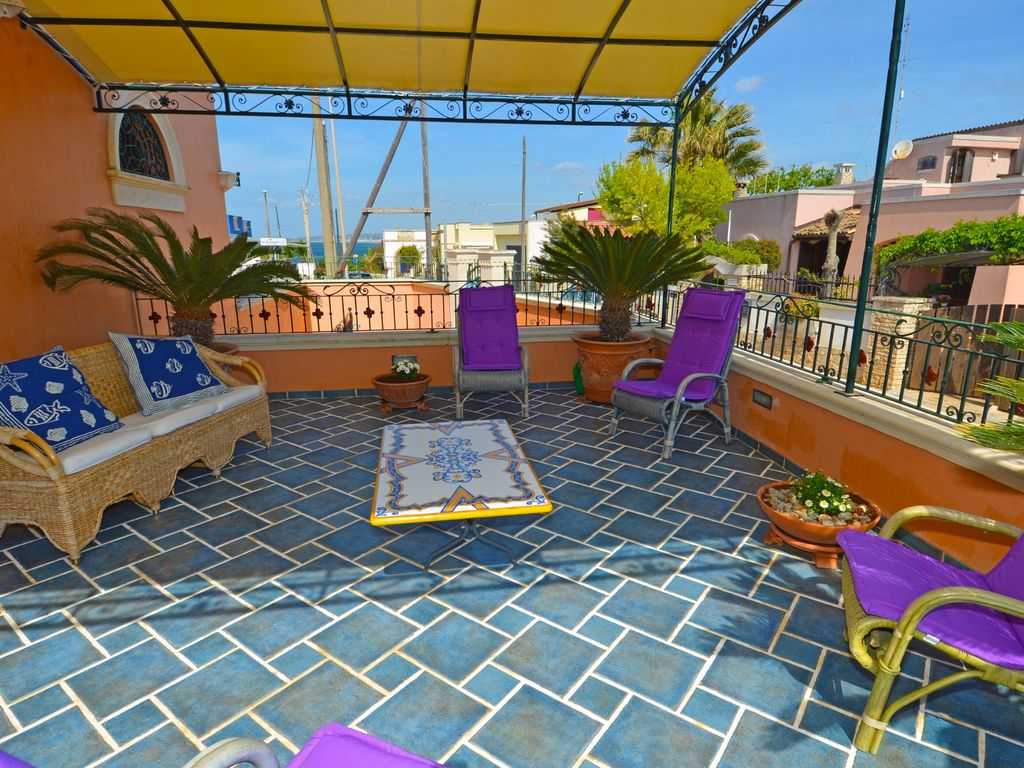 Casa tramonto luxury house with large terrace and sea for 114 the terrace st john house