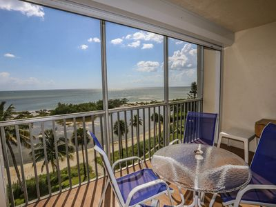 Sun Caper #505 is truly a delightful, airy, spacious, and well-appointed address in this tropical paradise!
