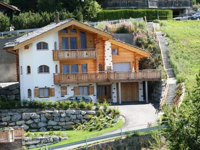 Photo for Beautiful cottage of the highest standard with a calm and sunny location