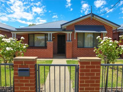 Photo for Central Executive Townhouse Cootamundra