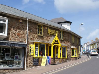 Photo for THE WORKSHOP, family friendly, with a garden in Bude, Ref 976339