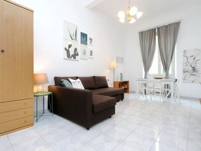 Photo for Termini apartment in Termini Stazione with WiFi, air conditioning, balcony & lift.
