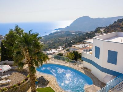 Photo for Villa for 16 people with pool in Sellia on Crete