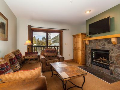 Photo for Condo in River Run, 2 Full Bathrooms, Scenic Views, Near Gondola, Free WIFI